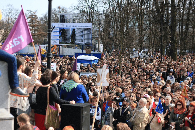 protests-against-abortion-ban (1)