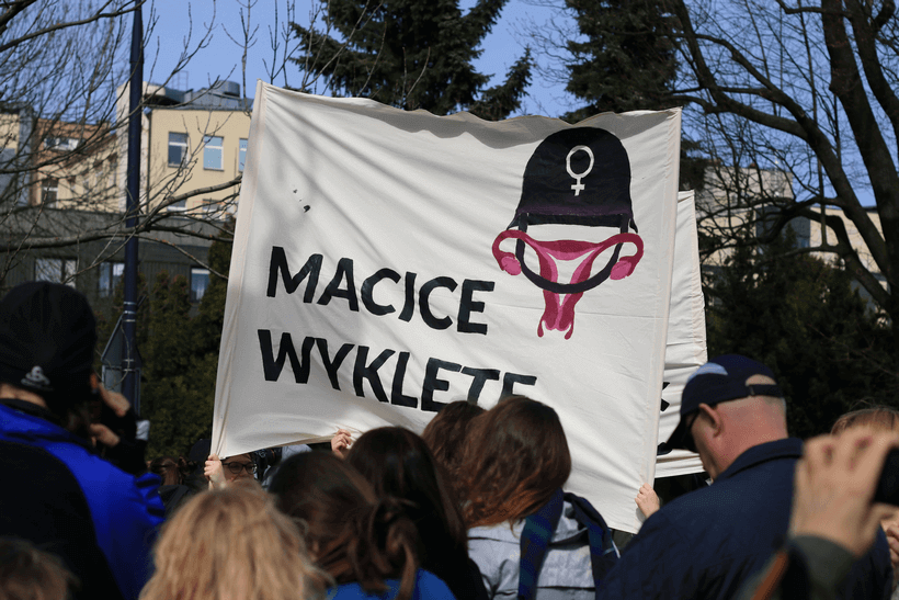 protests-against-abortion-ban-macice-wyklete (1)