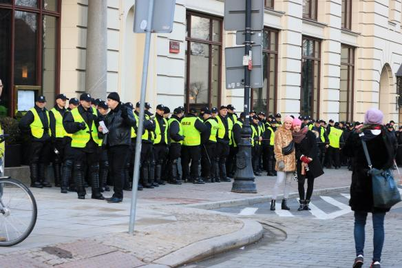 warsaw-democracy-protests-law-and-justice (17)