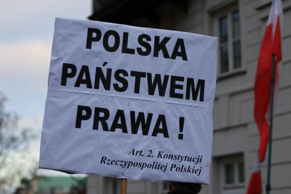 warsaw-democracy-protests-law-and-justice (20)
