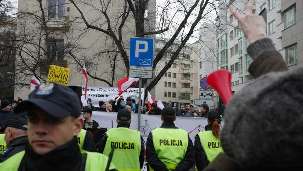 warsaw-democracy-protests-law-and-justice (3)
