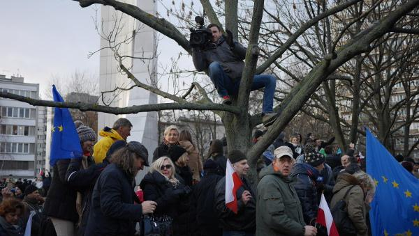 warsaw-democracy-protests-law-and-justice (4)