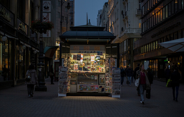budapest news stand