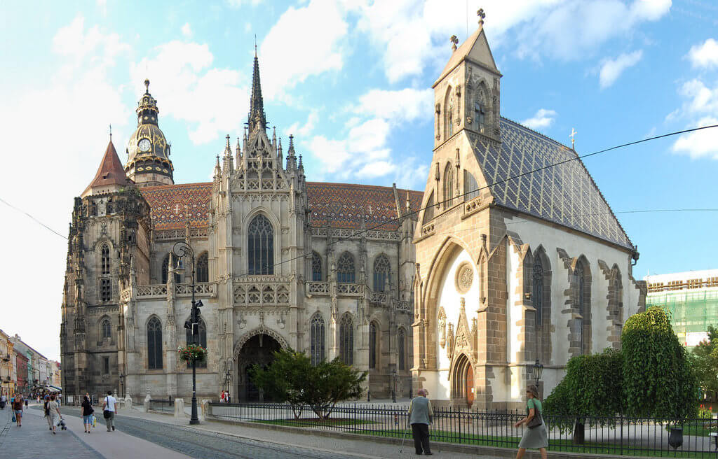 St Elizabeth Cathedral & St Michael Chapel, Košice. Photo by Istvan, flickr.com