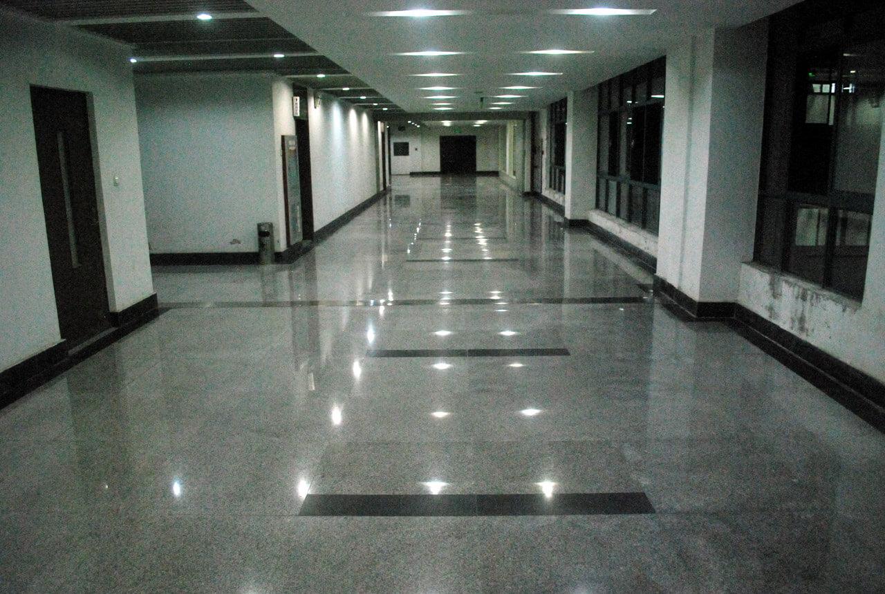 empty-hallway.jpg