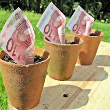 how-poland-is-waisting-eu-funds
