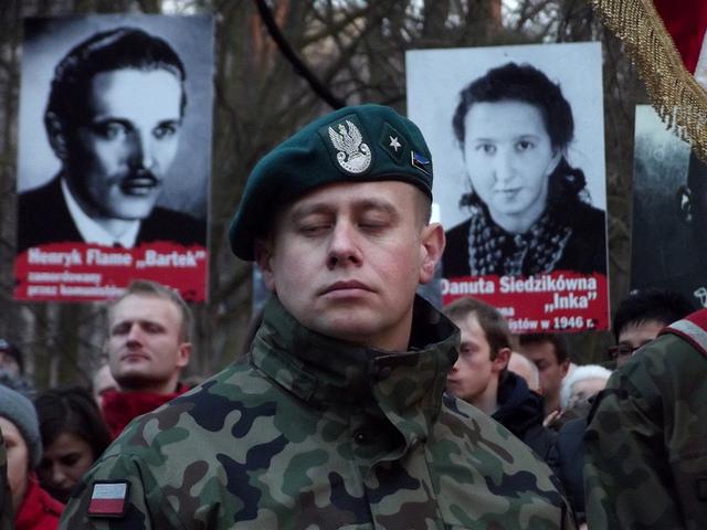 zolnierze_wykleci_march